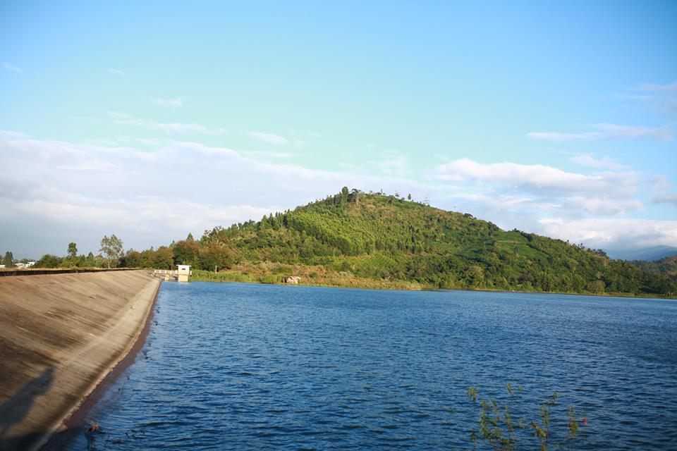 Hồ Giáng ré